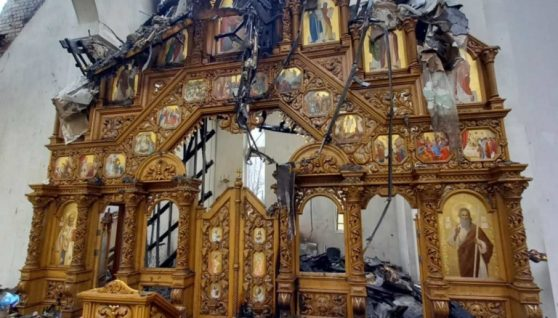 На Франківщині цілу ніч горіла церква, однак іконостас залишився неушкодженим