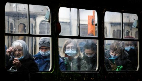 Лікар розповів, коли коронавірус назавжди піде з України