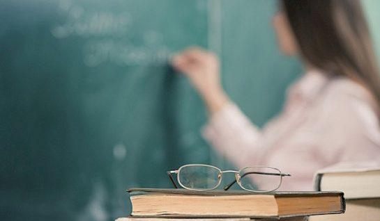Міносвіти підвищить зарплати педагогам