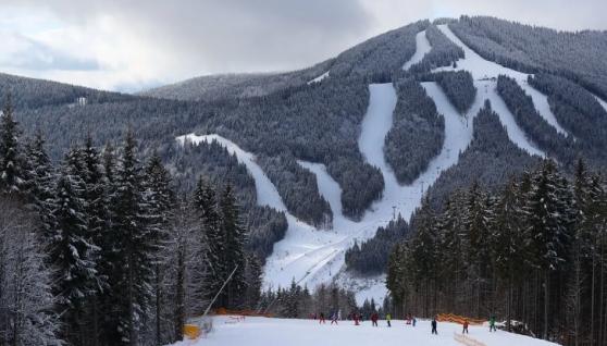 """Співвласник курорту """"Буковель"""" заявив, що в Карпатах вірус не живе, і проанонсував старт зимового сезону"""
