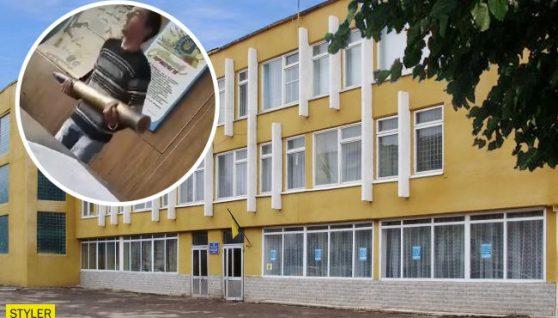 В ліцеї під Рівним вчитель жорстко карає дітей за запізнення: спливло відео
