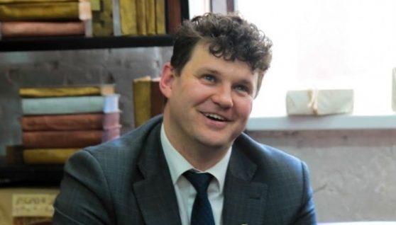 """Бог прямих ефірів: включення скандального депутата від """"ЄС"""" дивилася одна людина"""