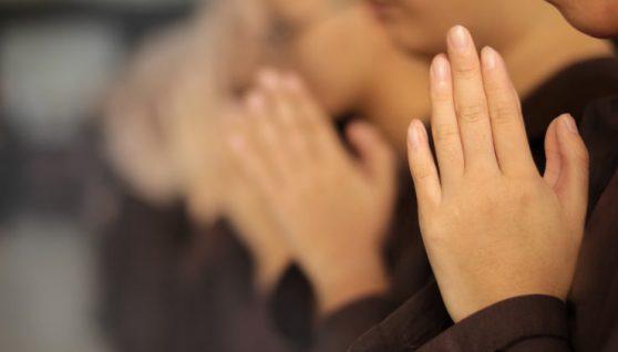 Жінка, яка раніше була невіруючою, зцілилася від раку молитвою