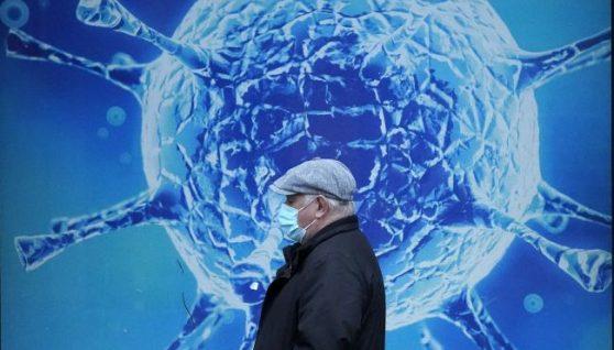 Від страху помреш швидше: український лікар висловився про новий штам коронавірусу