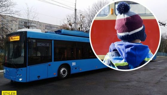 У Рівному кондуктор вигнала з тролейбуса дитину в -20: ніхто не заступився