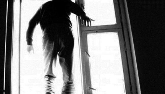 У Львові хлопець випав з 14-поверху. Відео 18+