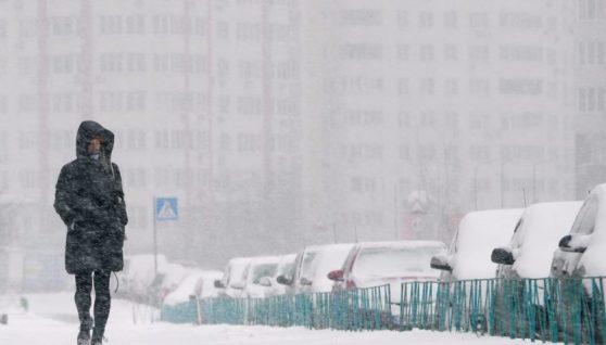 Синоптики розповіли, коли припиняться снігопади