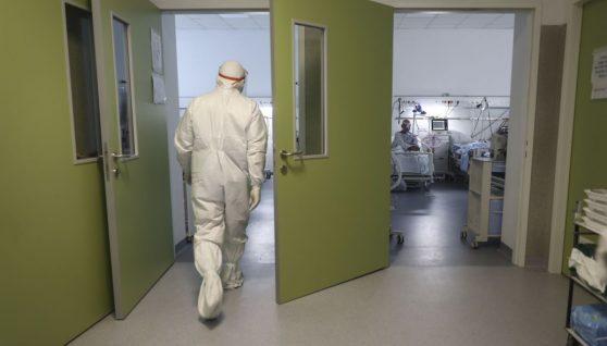 В Одесі з різницею в пів години від коронавірусу загинуло подружжя