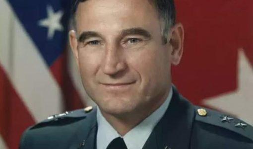 Помер найтитулованіший українець-генерал, який докорінно змінив Армію США