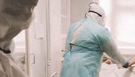 """""""Штам """"Дельта"""" обманув усіх, гидка здатність вірусу нарешті проявилася"""": лікарка про небезпеку, яку несуть діти батькам"""